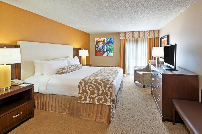 Crowne Plaza Dallas Galleria - Addison-Get comfortable and have a great night's rest - King Bed Room<br/>Image from Leonardo