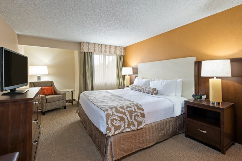 Crowne Plaza Dallas Galleria - Addison-King Bed Room connected to Specialty Suite<br/>Image from Leonardo
