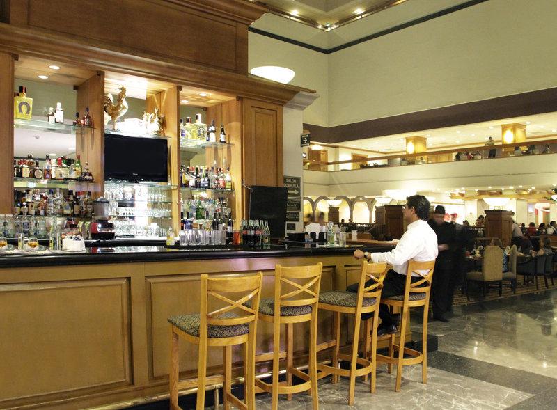 Crowne Plaza Monterrey-Bar and Lounge<br/>Image from Leonardo