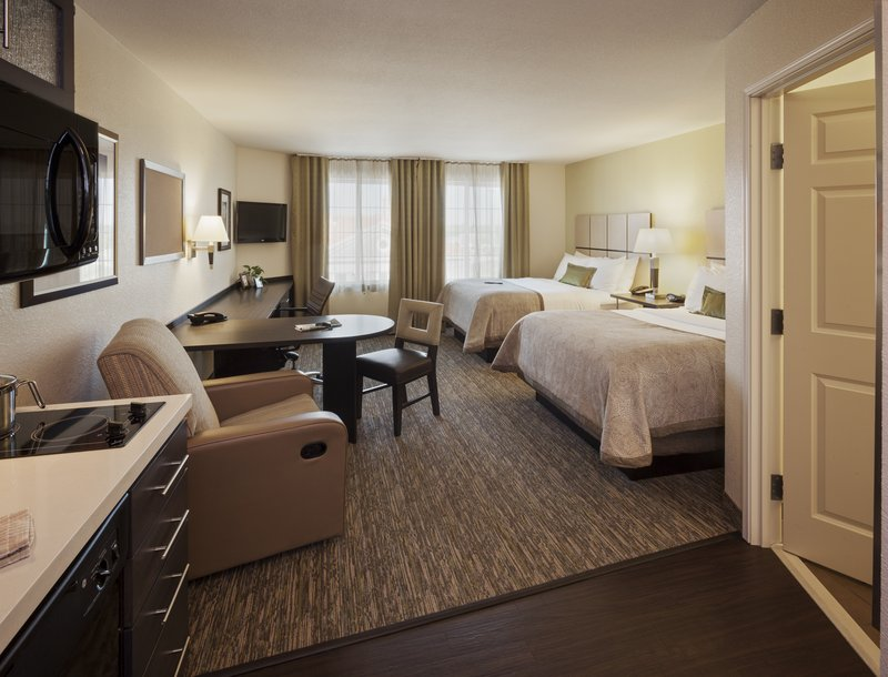 Candlewood Suites Santa Maria-Studio suite offering two queen beds<br/>Image from Leonardo