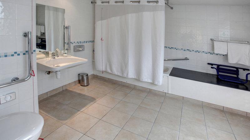 Holiday Inn Maidstone - Sevenoaks-Wheelchair Accessible<br/>Image from Leonardo