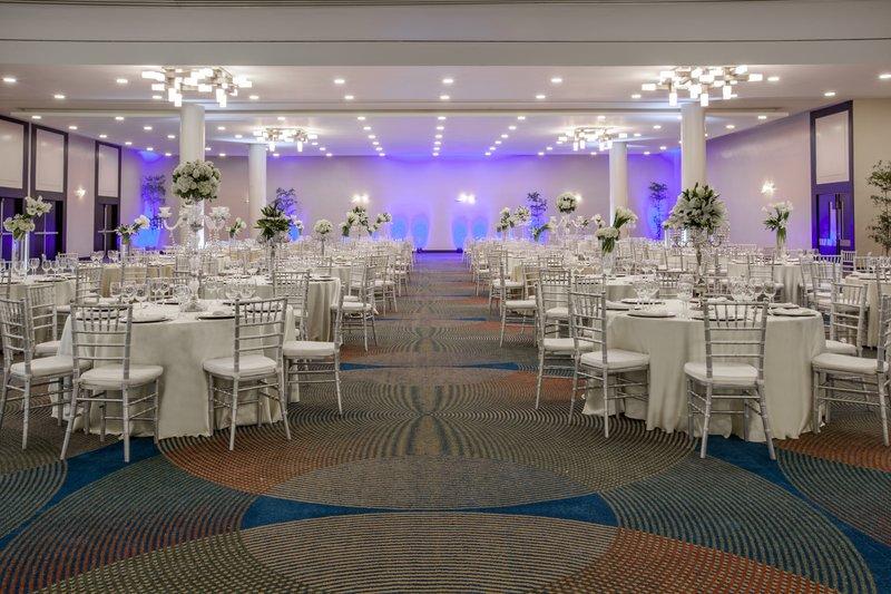 Crowne Plaza Santo Domingo-Banquet Room<br/>Image from Leonardo