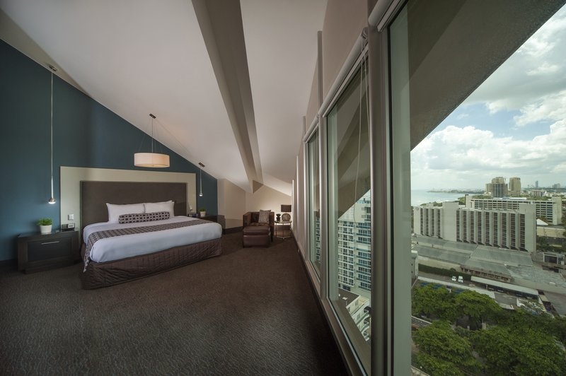 Crowne Plaza Santo Domingo-Le Grand Suite with spectacular views.<br/>Image from Leonardo