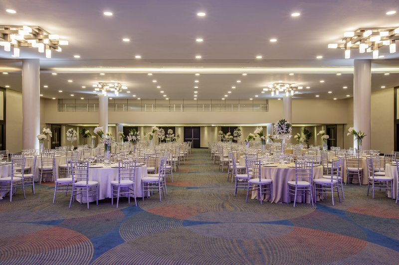 Crowne Plaza Santo Domingo-Our Ballroom is the perfect venue for any event.<br/>Image from Leonardo