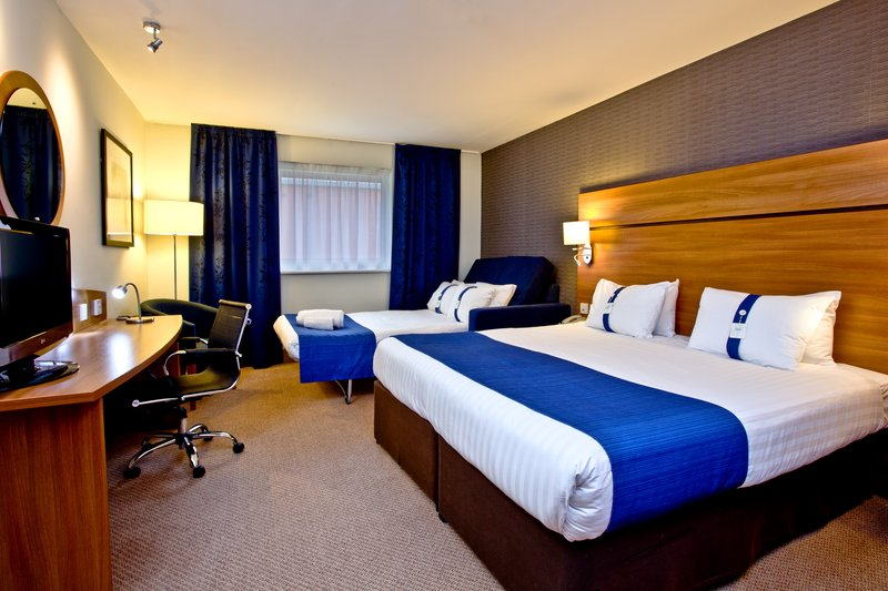 Holiday Inn Express Shrewsbury-Accommodating Double Bed Nonsmoking Room with Sofa<br/>Image from Leonardo