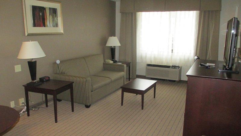 Holiday Inn Elmira - Riverview-Suite<br/>Image from Leonardo