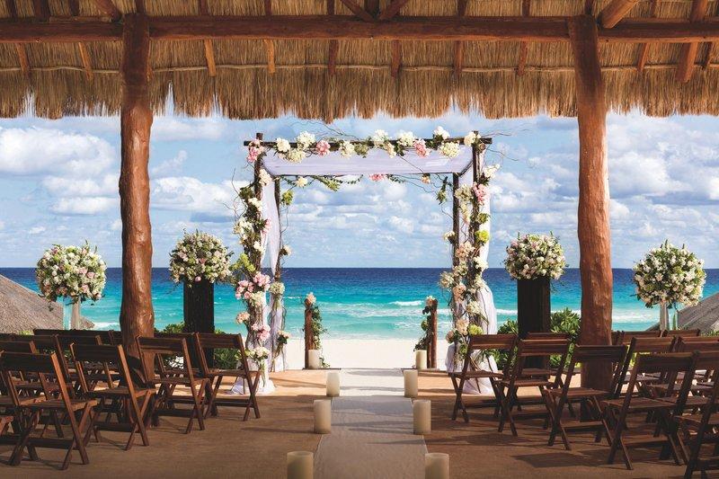 The Ritz-Carlton Cancun - Oceanfront Wedding <br/>Image from Leonardo