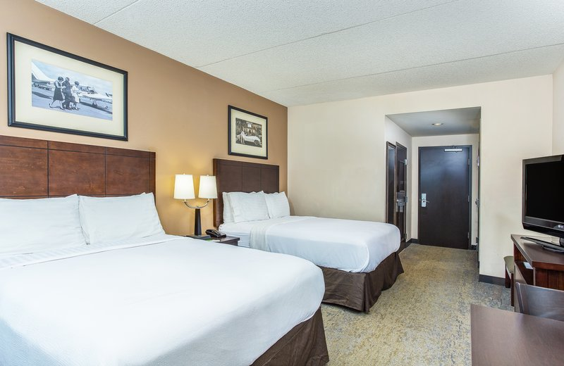Holiday Inn Louisville Airport - Fair/Expo-Guest Room <br/>Image from Leonardo