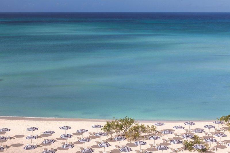 THE RITZ-CARLTON, ARUBA - Beach Amentities <br/>Image from Leonardo
