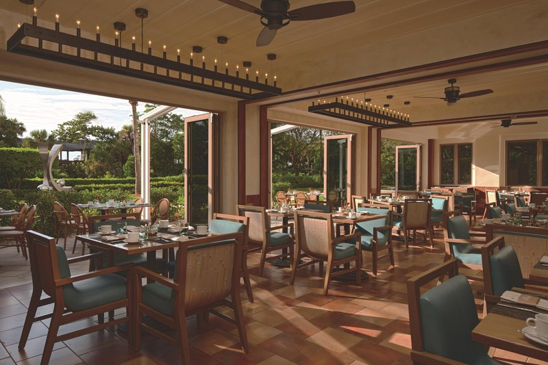 The Ritz-Carlton Naples - Indoor-Outdoor Dining at Terrazza <br/>Image from Leonardo