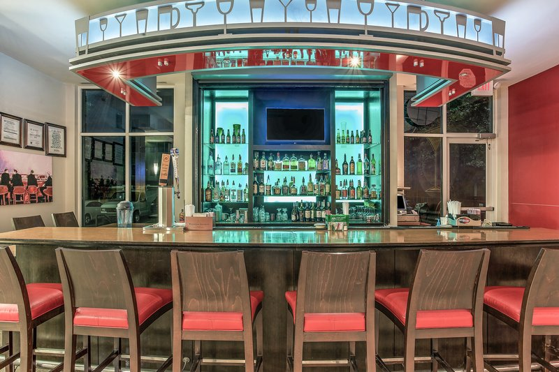 Holiday Inn Louisville Airport - Fair/Expo-Bar and Lounge <br/>Image from Leonardo