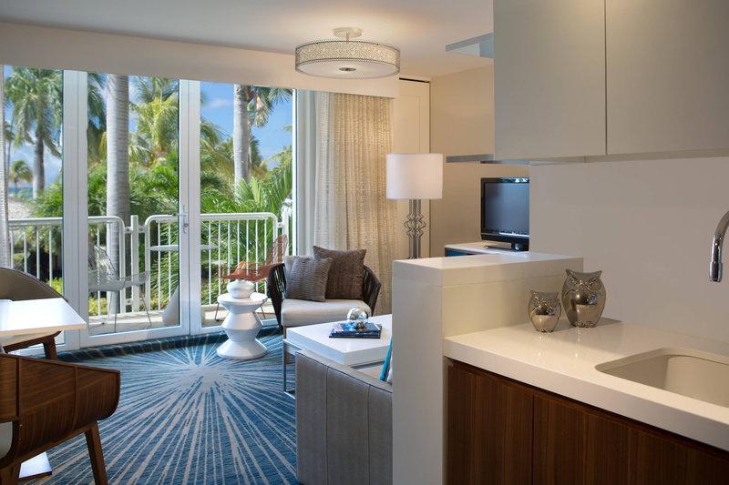 Renaissance Aruba Resort & Casino - Ocean Suites - Ocean Suite Living Room <br/>Image from Leonardo
