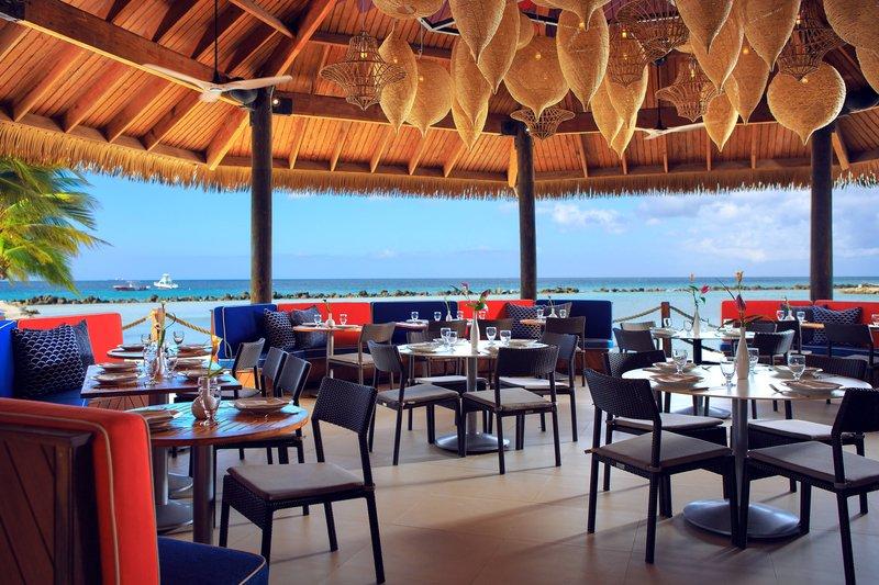 Renaissance Aruba Resort & Casino - Papagayo Bar & Grill - Dining Area <br/>Image from Leonardo