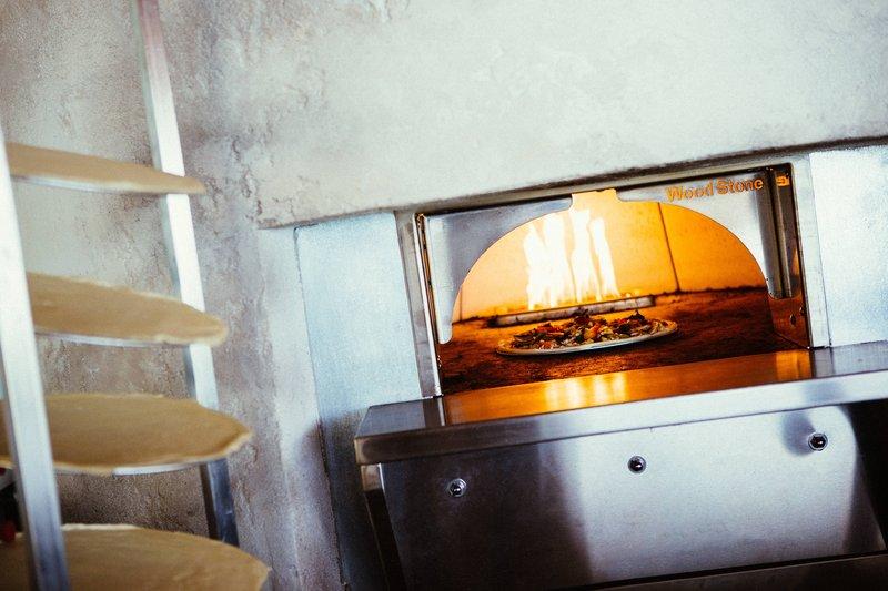 Renaissance Aruba Resort & Casino - Papagayo Bar & Grill – Wood Burning Oven <br/>Image from Leonardo