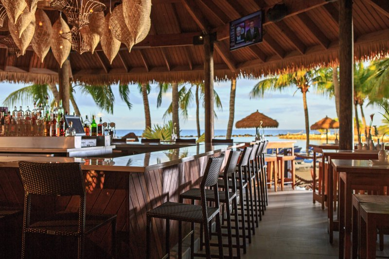 Renaissance Aruba Resort & Casino - Papagayos Bar & Grill - Bar <br/>Image from Leonardo
