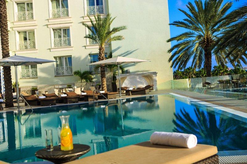 Renaissance Aruba Resort & Casino - Marina Outdoor Pool – Details <br/>Image from Leonardo