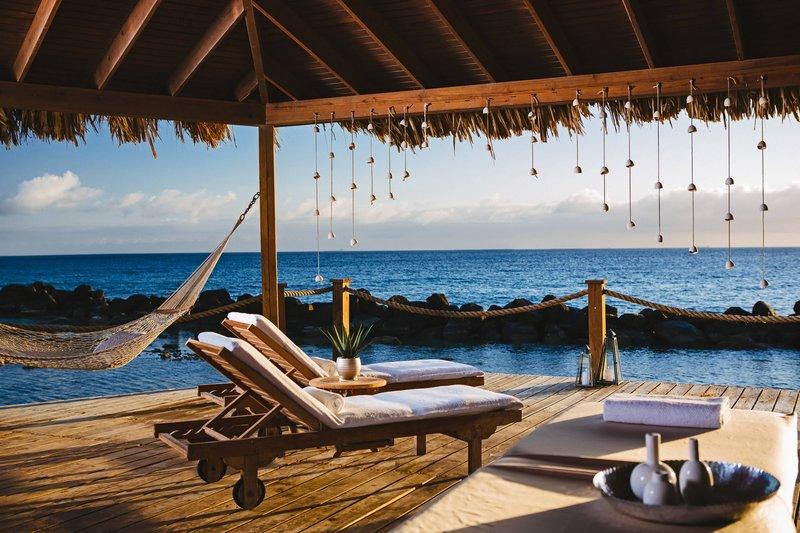 Renaissance Aruba Resort & Casino - Okeanos Spa - Beach Cabanas <br/>Image from Leonardo