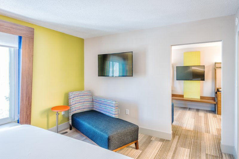 Holiday Inn Express Charleston US Hwy 17 & I-526-2 Room Suite with King Bed and Sleeper Sofa<br/>Image from Leonardo