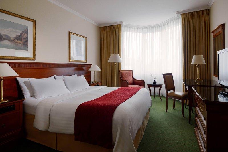 Marriott Heidelberg-King Guest Room/King Room With Balcony<br/>Image from Leonardo