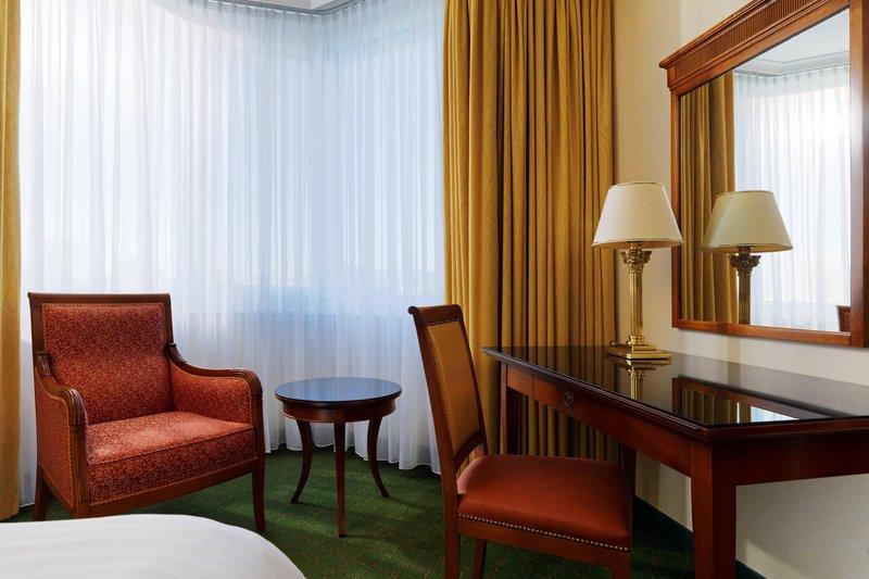 Marriott Heidelberg-Guest Room Work Desk<br/>Image from Leonardo