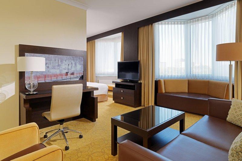 Marriott Heidelberg-Junior Suite Living Area<br/>Image from Leonardo