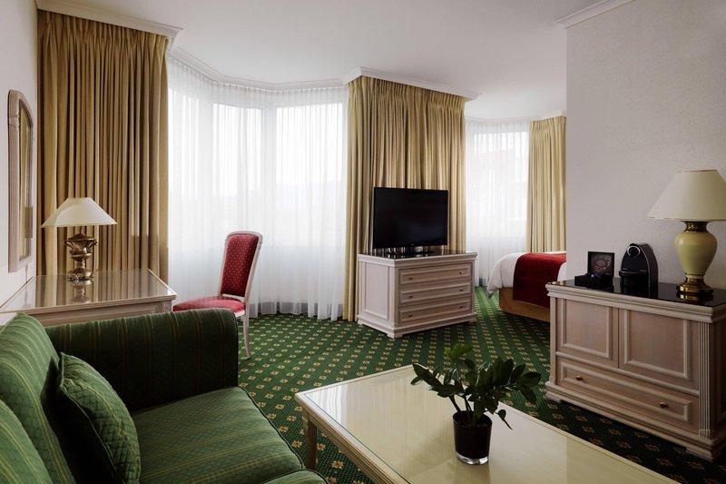 Marriott Heidelberg-Deluxe Junior Suite<br/>Image from Leonardo