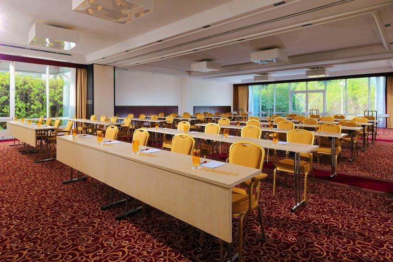 Marriott Heidelberg-Jaspers & Bloch Meeting Rooms<br/>Image from Leonardo