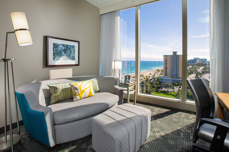 Courtyard by Marriott Fort Lauderdale Beach-King Suite Parlor<br/>Image from Leonardo