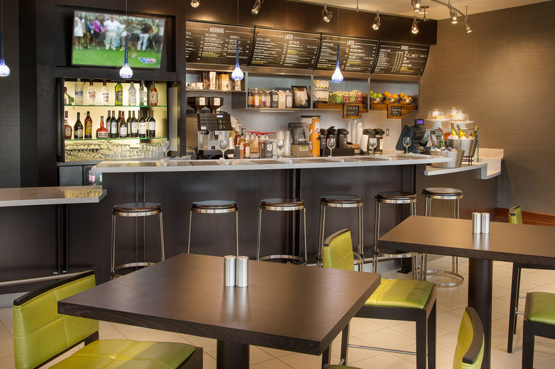 Courtyard by Marriott Fort Lauderdale Beach-The Bistro<br/>Image from Leonardo