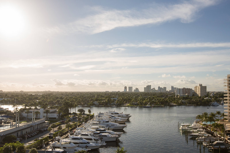 Courtyard by Marriott Fort Lauderdale Beach-Intracoastal Room View<br/>Image from Leonardo