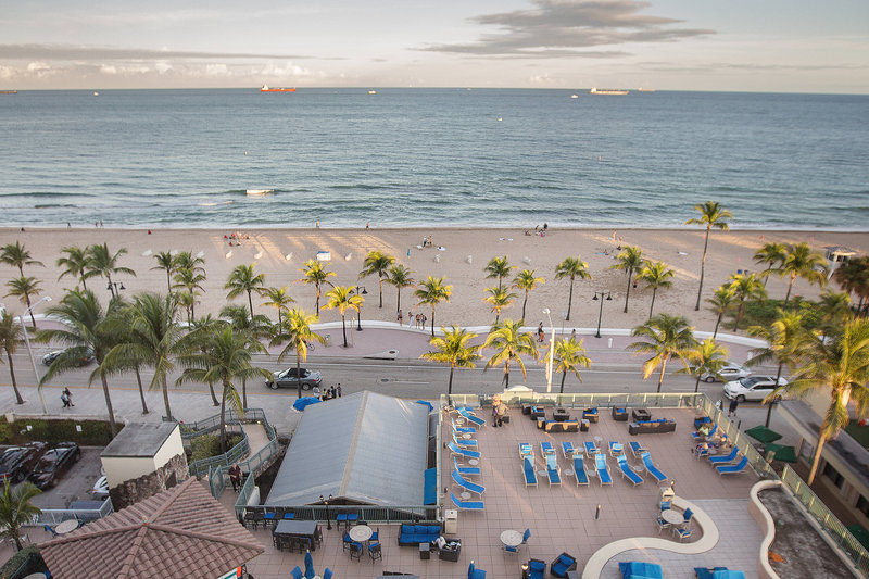Courtyard by Marriott Fort Lauderdale Beach-Oceanfront Room View<br/>Image from Leonardo