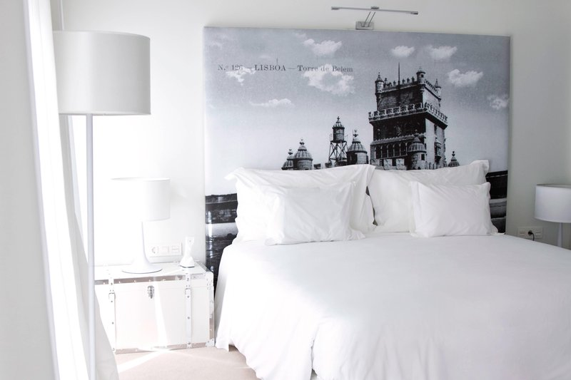 Autograph Collection Fontecruz Lisboa-Deluxe King Guest Room - White Decor - Open Deck View<br/>Image from Leonardo