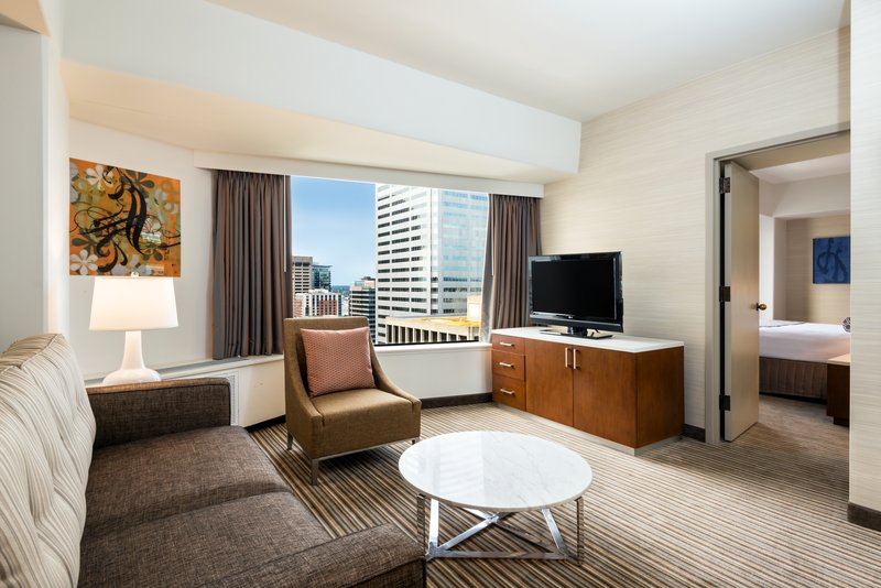Crowne Plaza Seattle-Downtown-Enjoy a view of the Space Needle from our Executive Suite.<br/>Image from Leonardo