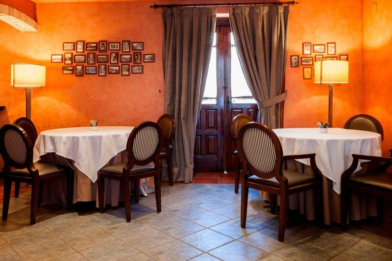 AC Hotel Ciudad de Toledo-Breakfast Room<br/>Image from Leonardo