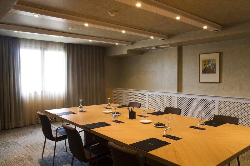 AC Hotel Ciudad de Toledo-Cigarral Meeting Room<br/>Image from Leonardo