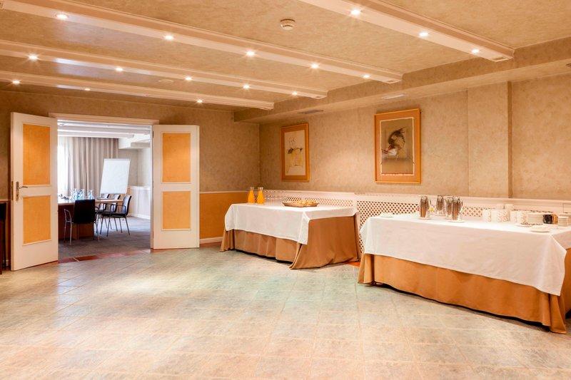 AC Hotel Ciudad de Toledo-Coffee Break Area<br/>Image from Leonardo