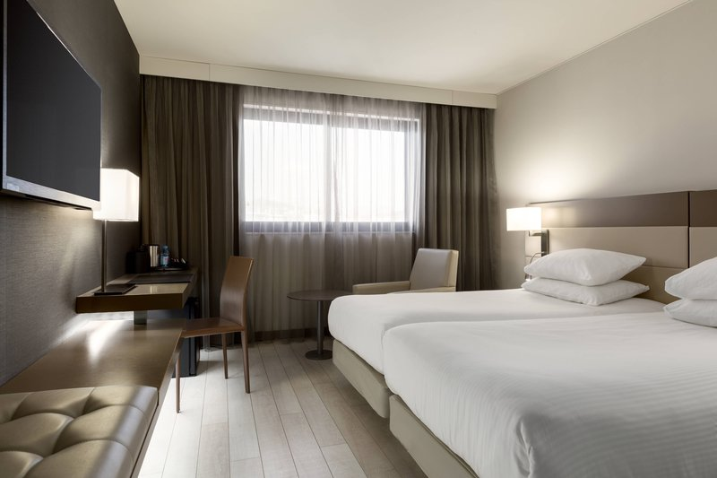 AC Hotel Nice-Twin/Twin City View Guest Room<br/>Image from Leonardo