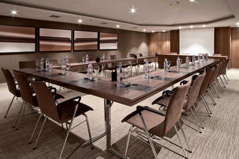 AC Hotel Nice-Forum A Meeting Room - U-Shape Setup<br/>Image from Leonardo