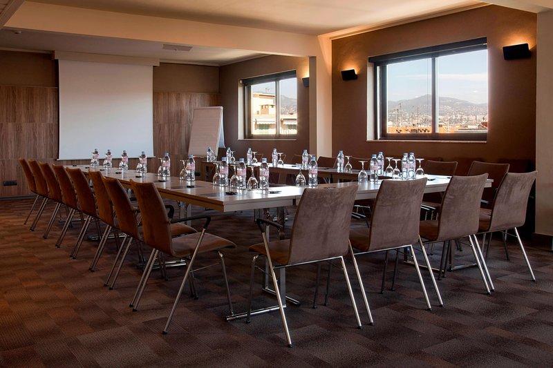 AC Hotel Nice-Forum B Meeting Room - U-Shape Setup<br/>Image from Leonardo