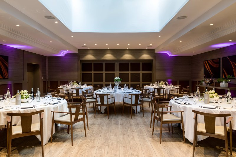 AC Hotel Nice-Forum C Meeting Room - Banquet Setup<br/>Image from Leonardo