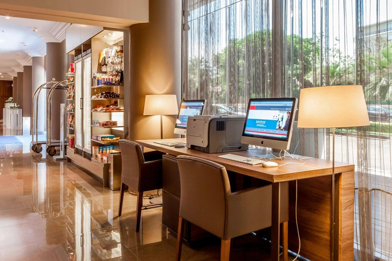AC Hotel Nice-Business Center<br/>Image from Leonardo