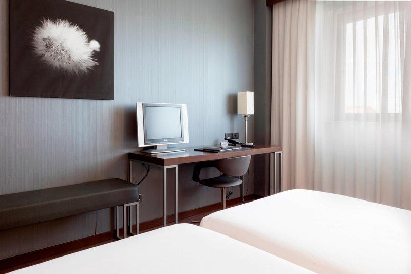 AC Hotel Pisa-Twin/Twin Guest Room - Amenities<br/>Image from Leonardo