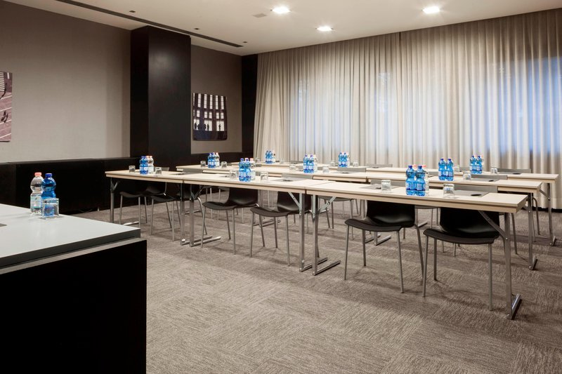 AC Hotel Pisa-Meeting Room – Classroom Setup<br/>Image from Leonardo