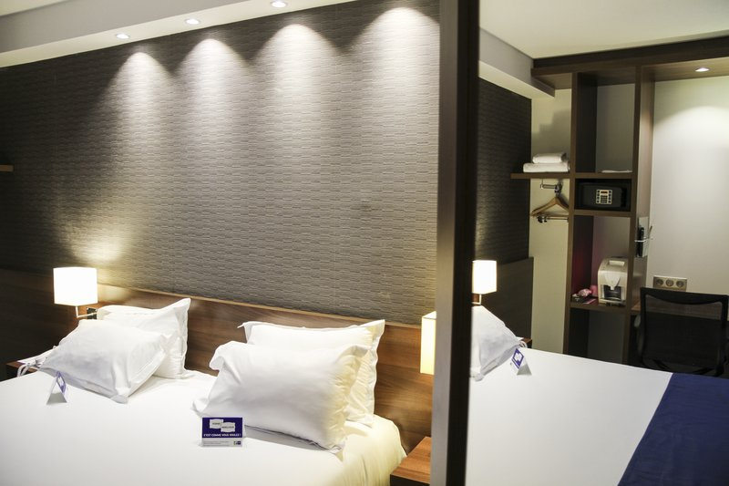 Mercure Amiens Cathedrale Hotel-Guest Room<br/>Image from Leonardo