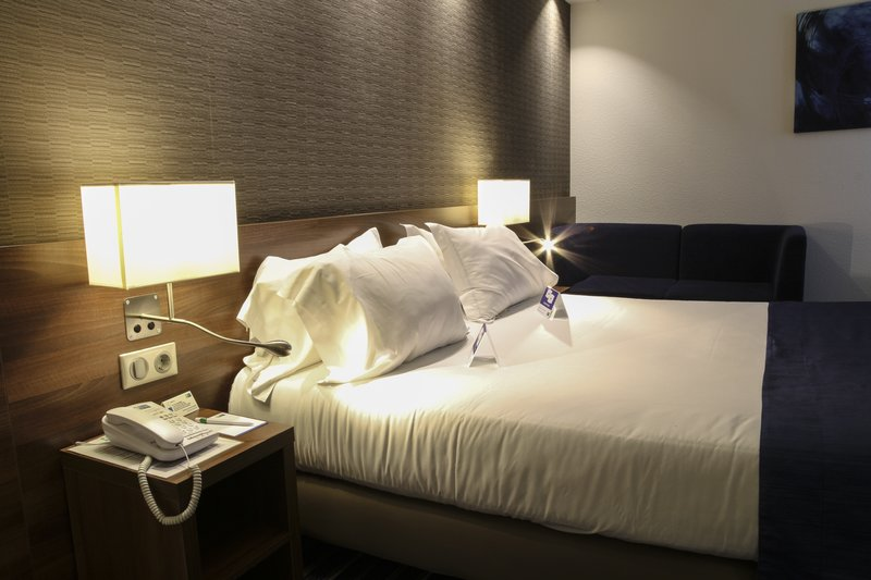 Mercure Amiens Cathedrale Hotel-Wheelchair Accessible<br/>Image from Leonardo