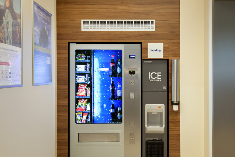 Holiday Inn Express Nuremberg City - Hauptbahnhof-Handy vending machines where guests can grab snacks and drinks. <br/>Image from Leonardo