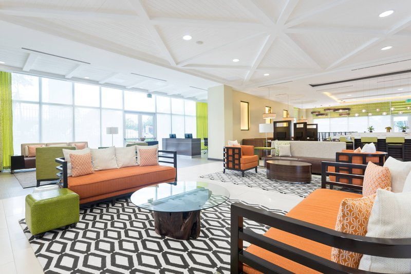 Courtyard by Marriott Kingston-Lobby<br/>Image from Leonardo