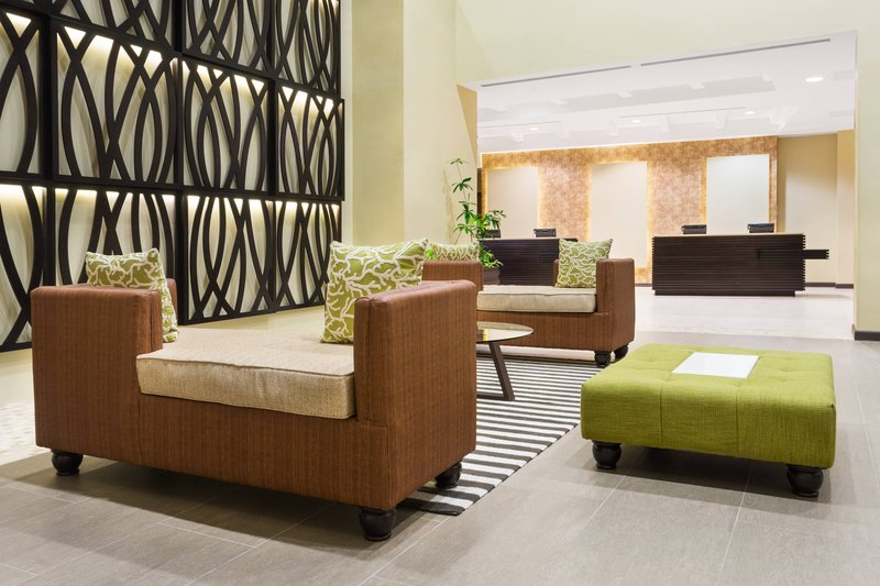 Courtyard by Marriott Kingston-Lobby Seating Area<br/>Image from Leonardo