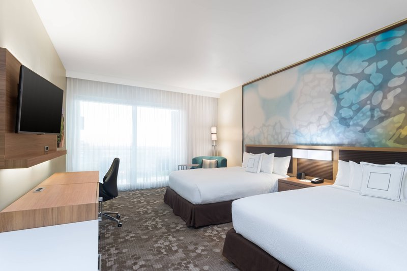 Courtyard by Marriott Kingston-Queen/Queen Guest Room<br/>Image from Leonardo