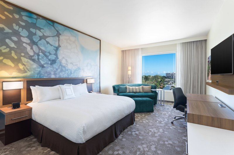 Courtyard by Marriott Kingston-King Guest Room<br/>Image from Leonardo